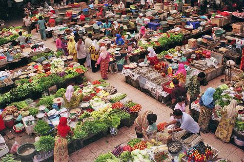Pasar Sebagai Tempat Kegiatan Jual Beli - ujiansma.com