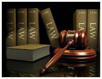 dasar hukum peradilan