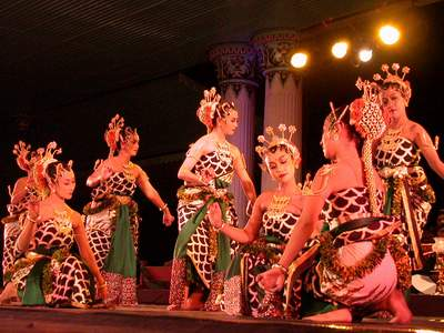 Tari daerah Provinsi DI Yogyakarta - ujiansma.com ...
