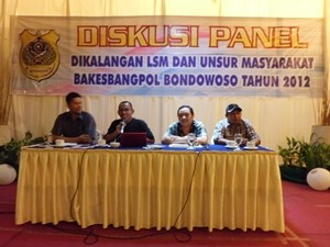 Diskusi-Panel-Bakesbangpol