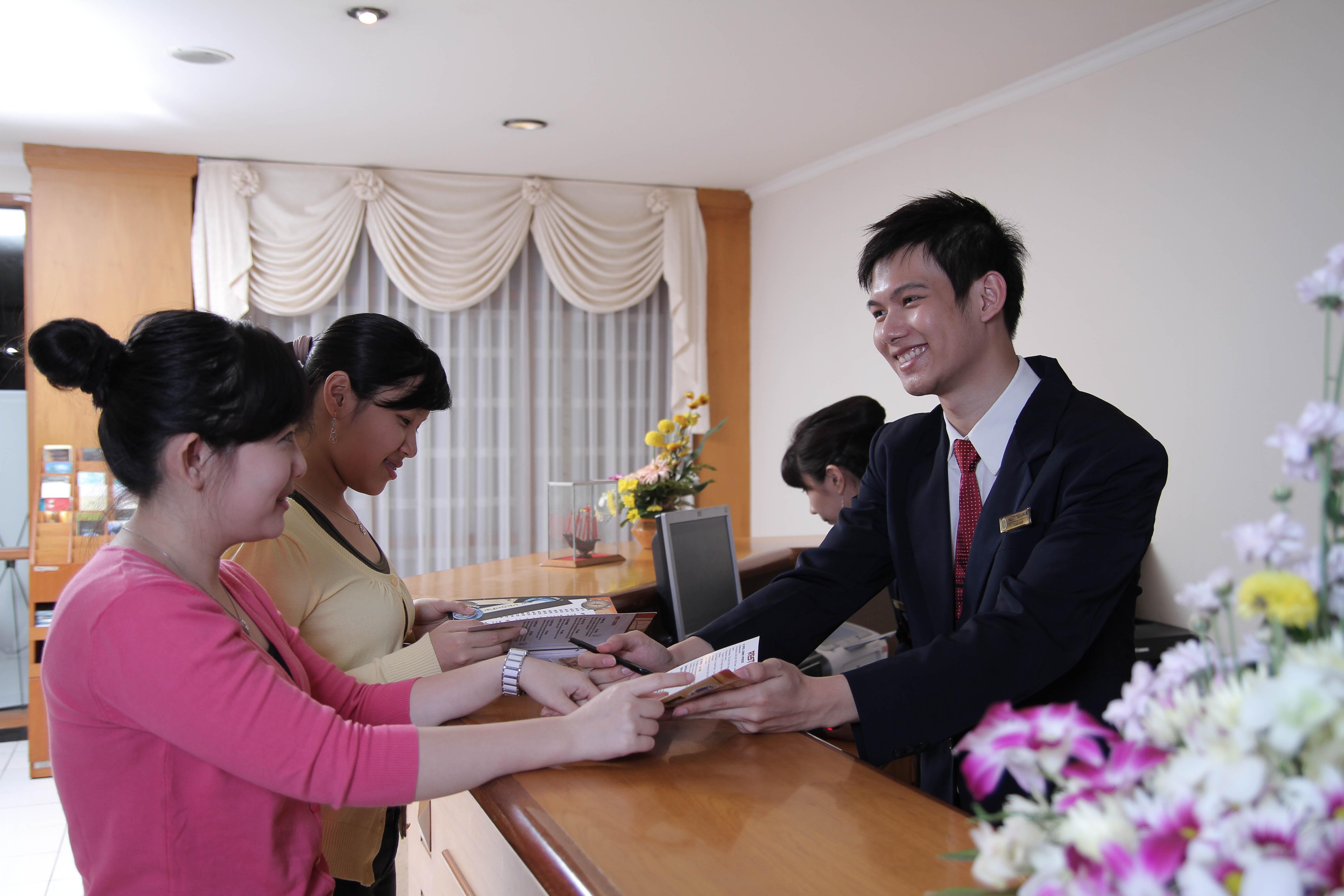 Tujuan program Keahlian Akomodasi Perhotelan - ujiansma.com