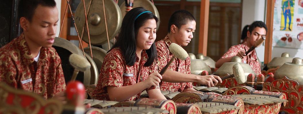 Visi dan Misi SMA Labschool Kebayoran - ujiansma.com